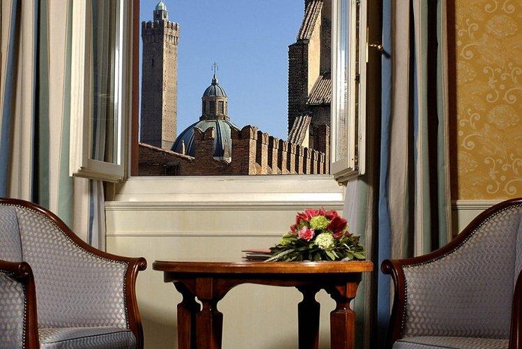 Outdoors Art Hotel Orologio Bologna, Italy