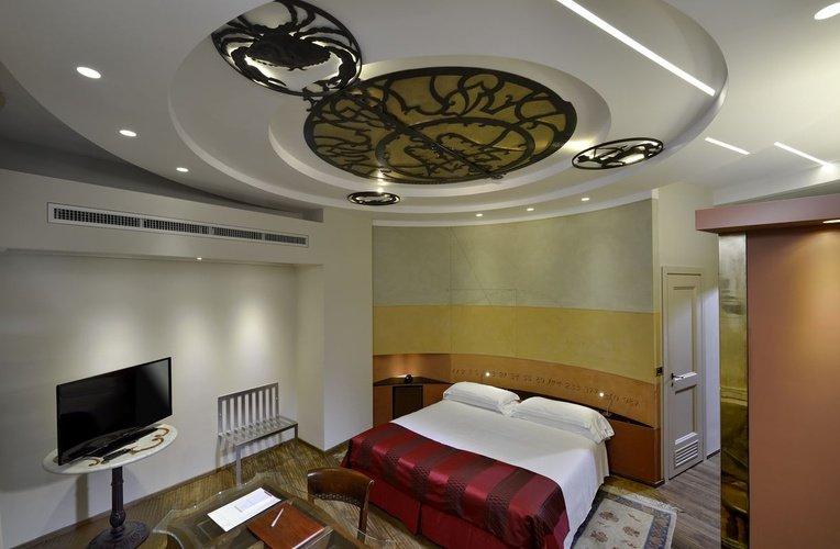 Room art hotel commercianti bologna