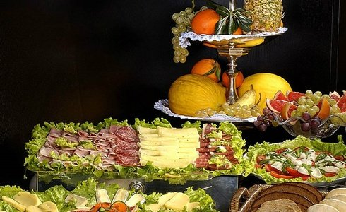 BUFFET BREAKFAST INCLUDED FROM 7:00 TO 11:00 A. M.  Art Hotel Novecento in Bologna, Italy