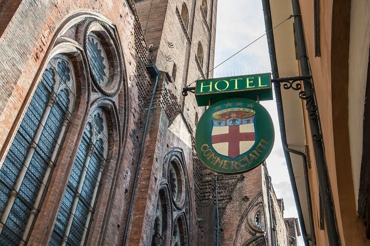 Facade  art hotel commercianti bologna