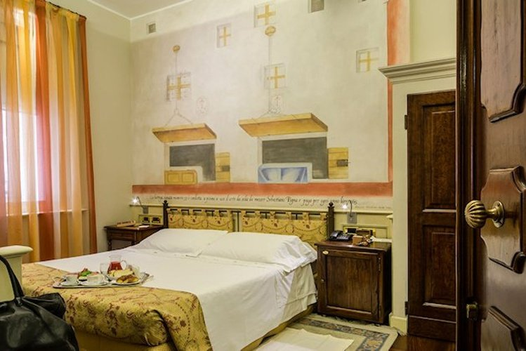 CLASSIC DOUBLE ROOM Art Hotel Commercianti Bologna, Italy