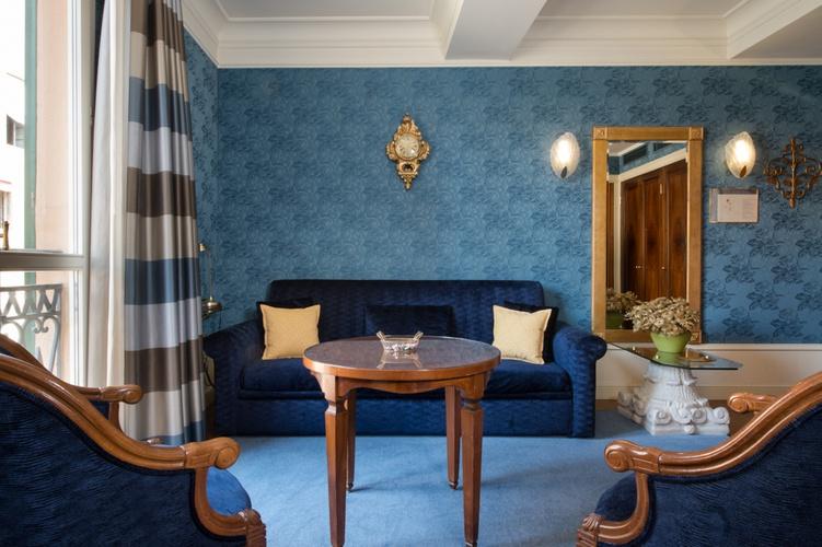 Suite  art hotel orologio bologna
