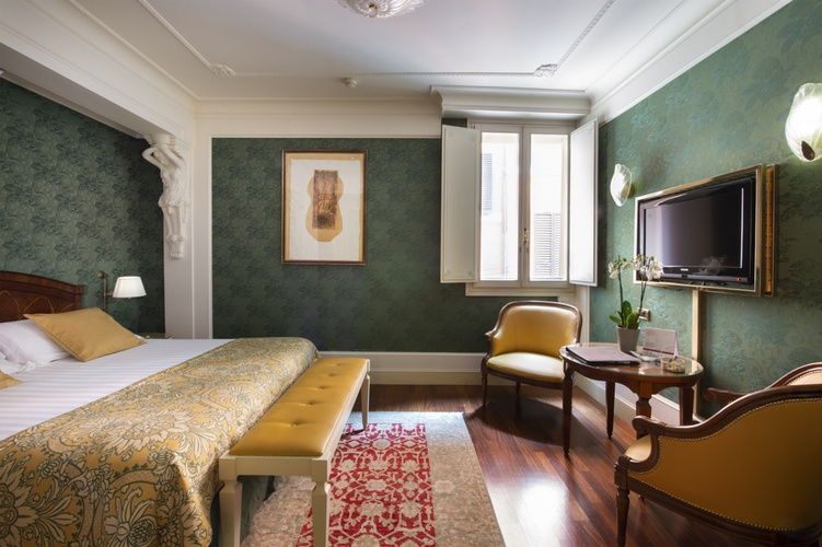 Double room  art hotel orologio bologna