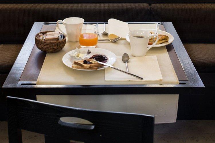 Breakfast  art hotel novecento bologna