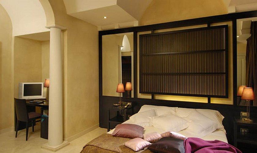 Suite  Art Hotel Novecento Bologna, Italy