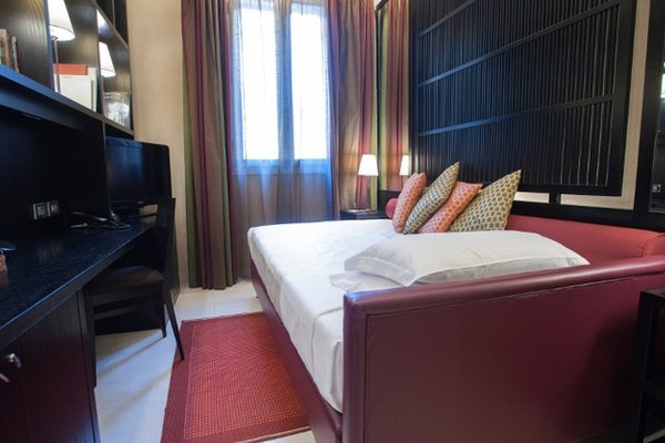 Single Comfort Room  Art Hotel Novecento in Bologna, Italy