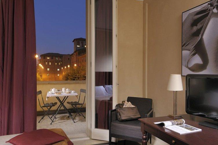 Deluxe room  Art Hotel Novecento Bologna, Italy