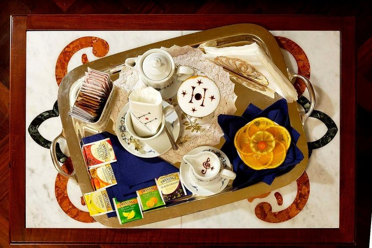Breakfast  art hotel commercianti bologna