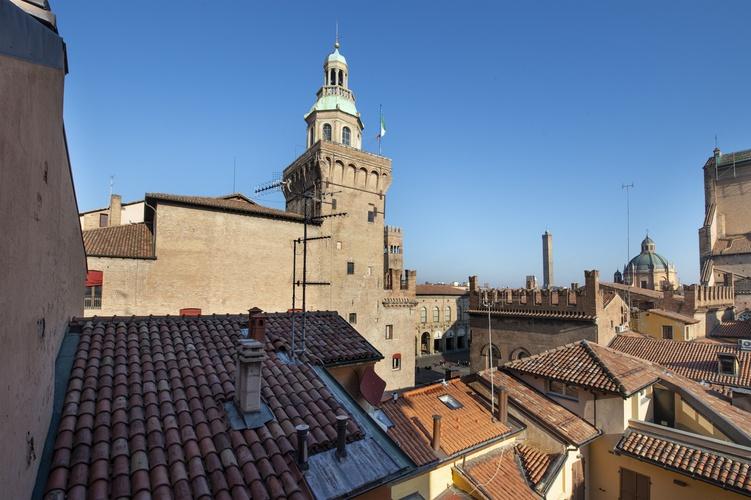 Panoramic view  art hotel orologio bologna
