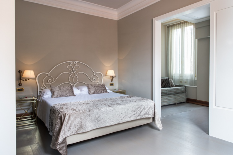 Deluxe room  art hotel orologio bologna