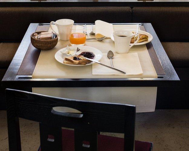 Breakfast  Art Hotel Novecento Bologna, Italy