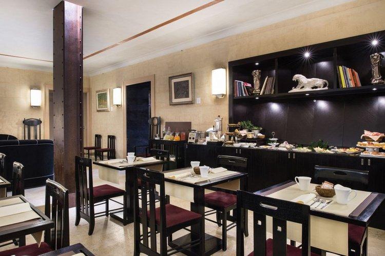 Buffet breakfast  art hotel novecento bologna